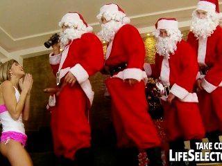 年輕的doris常春藤肛門他媽的5聖誕老人
