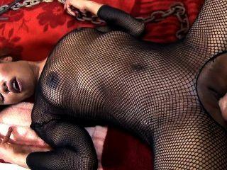 烏木寶貝femdoms她懶的丈夫和接收肛門