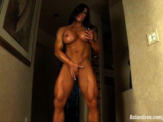 aziani鐵安格拉salvagno女性健美與巨大的陰蒂