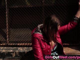 女孩出去西方的熱女同性戀性