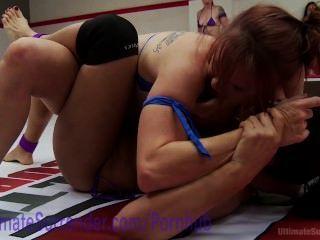 性摔跤頑固女同性戀狂歡