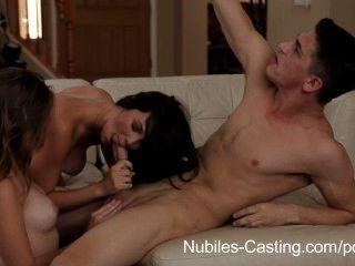 nubiles鑄造色情試鏡得到青少年辣妹上了生