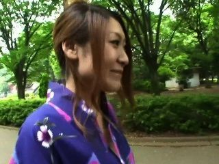tokimeki yukata ga kuzurerukara dame scene 1