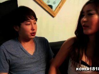 korea1818.com幸運處女他媽的熱韓國寶貝!