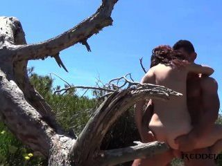 debora和diego西班牙夫婦他媽的在海灘