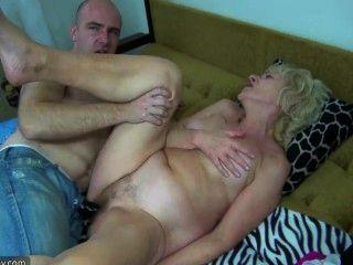 老胖的奶奶在床上有性與角質的人