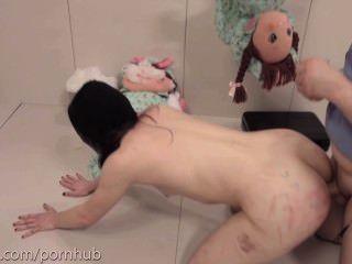 受虐狂得到極端殘酷肛門破壞和吸屁股