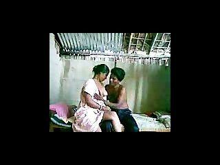 印度夫婦在攝像頭