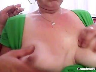 cocksucking成熟的ch子把它在屁股
