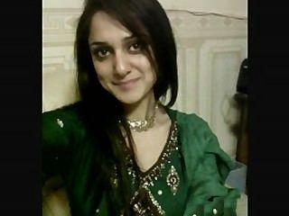 熱pakistani女孩談論穆斯林paki性在印度斯坦