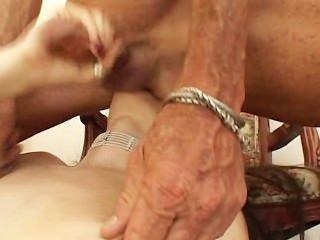 sasha灰色性奴隸2野蠻肛門
