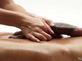 色情巨大的陰莖消息