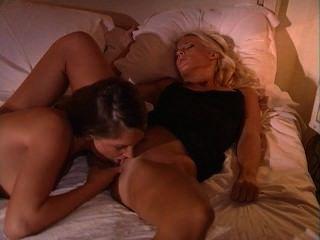 sandra shine stella stevens最熱情的女同性戀戀人
