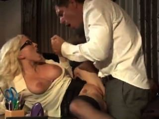 克里斯蒂熱辦公室肛門