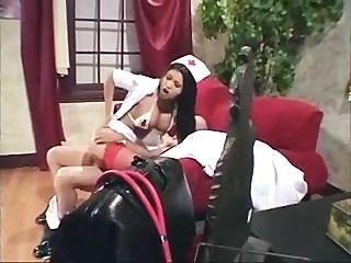 亞洲護士制服他媽的和肛門在絲襪