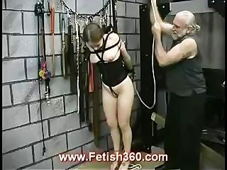 joleen喜歡極度乳頭折磨