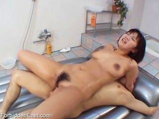 未經審查的日本色情戀物癖性拘留(pt 6)