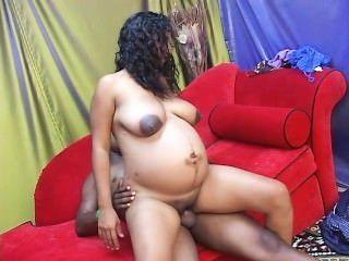 赤腳和懷孕29場景2