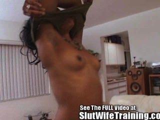 熱黑色的妻子訓練他媽的!