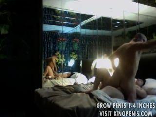 性在酒店房間