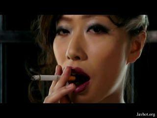 可愛的吸煙