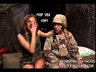性感精英寶貝幫助部隊