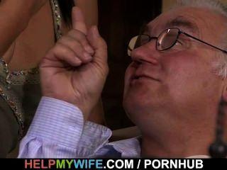 老hubby手錶他甜美的妻子他媽的