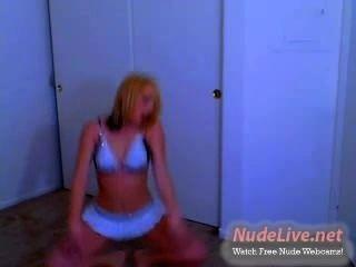 最熱的非裸體19yo青少年在網絡攝像頭