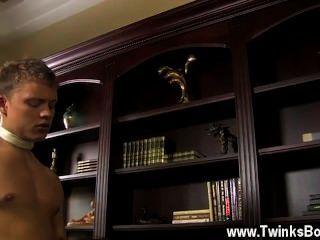 同性戀視頻micah安德魯斯可以做任何傢伙想要的,包括他媽的
