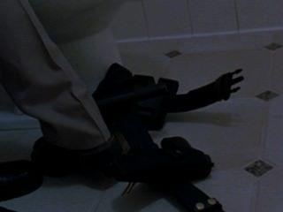 阿曼達righetti裸體在天使刀片