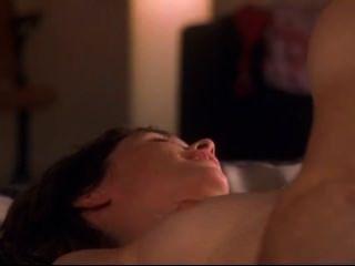 julianne nicholson裸體在法蘭絨睡衣