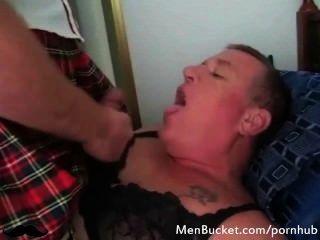 gay daddies suck cock更好