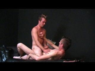 指導肛交的場景1