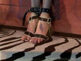 足部折磨網站