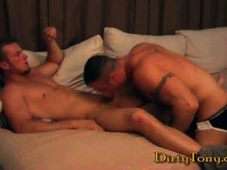 華麗的肌肉發達的性別:斯賓塞蘆葦&devin draz