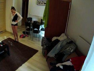 熱的黑髮女僕他媽的在酒店房間