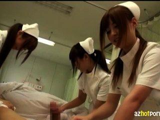 猥褻亞洲護士會照顧你