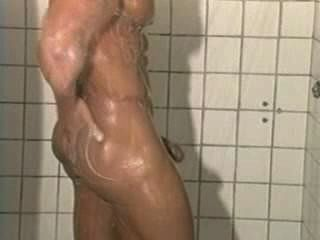 先生。肌肉健身房大鼠[淋浴]