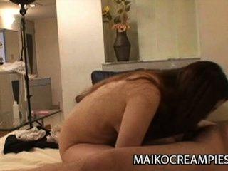 ayako sakuma:多汁的日本妻子作弊她的丈夫