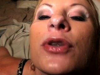 她是誰?她叫什麼名字?