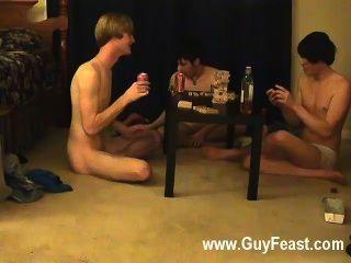 gay狂歡這是一個漫長的輕彈為你偷偷類型誰喜歡的想法