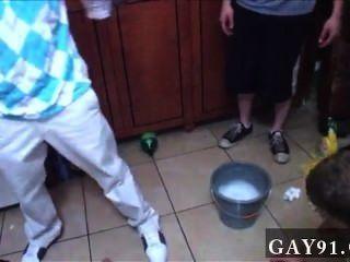 同性戀視頻好,所以本週我們得到了一個有趣的提交。的