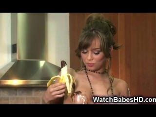 青少年戲劇用香蕉和巧克力!