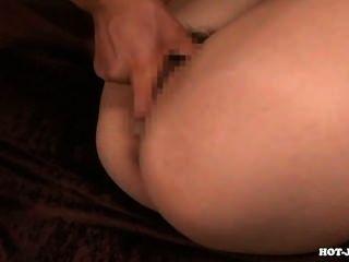 日本女孩攻擊淫蕩秘書在浴room.avi
