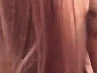 驚人的pov紅色頭與大山雀