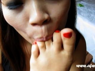 亞洲腳崇拜