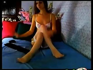 華麗的凸輪女孩與令人驚嘆的腿和費