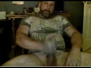 熱鬍鬚的螺柱手鍊和cums!