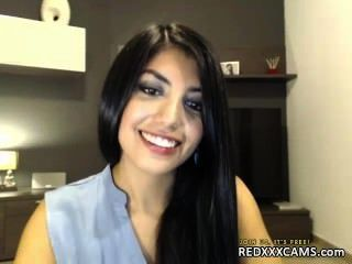 青少年指法貓網絡攝像頭顯示從redxxxcams.com洩漏