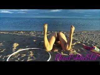 裸體和肛交在一個no nudist海灘elisapublicslut.com